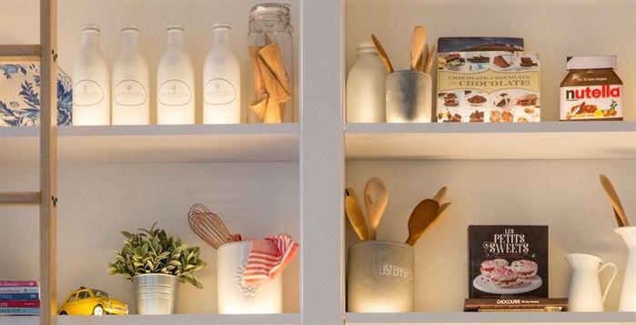 Organized kitchen shelves